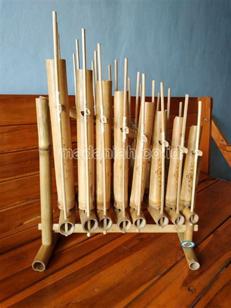 Angklung kenekes merupakan alat musik tradisional yang berasal dari daerah kenekes atau etnis masyarakat baduy. Distributor Alat Musik Tradisional Angklung Sumatera Selatan