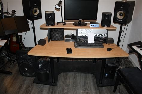 studio rta creation station studio desk cherry studio rta creation station image 743258 audiofanzine