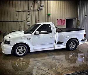 Garage Ford 93 : best 25 2003 f150 ideas on pinterest 2015 f150 accessories seat covers for girls and black ~ Melissatoandfro.com Idées de Décoration