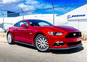 2016 Mustang GT Review – The Vintage You Want