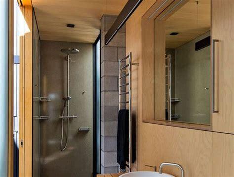 kleine badkamer hout kleine scandinavische badkamer badkamers voorbeelden