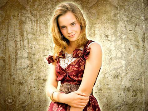 Hollywood Emma Watson Wallpapers