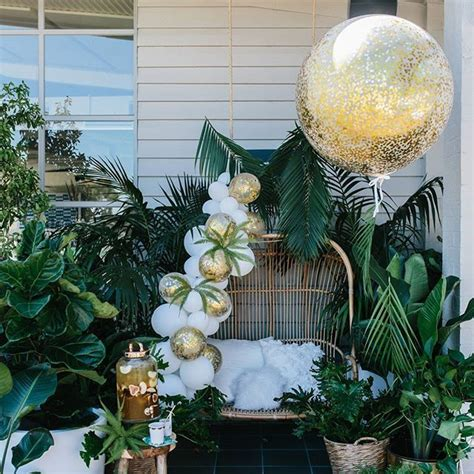 feeling   bit tropical   lush green white  gold baby shower  atpartywithlenzo