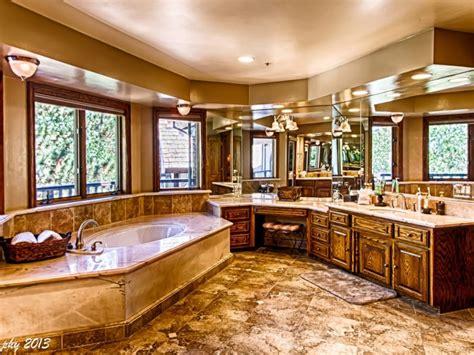 Big Master Bedrooms by Big Master Bedroom Luxury Master Bedroom Big