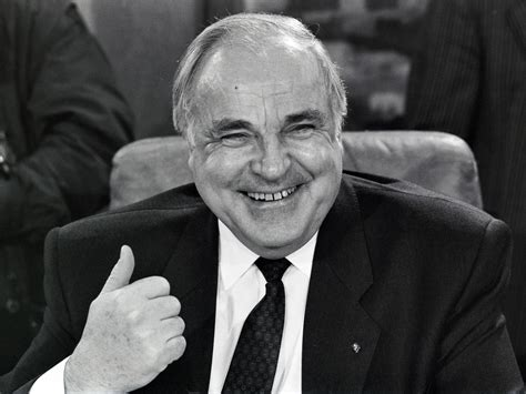Photo Gallery Is Helmut Kohl Being Held Like Helmut Kohl Architect Of Germany 39 S Reunification Dies At