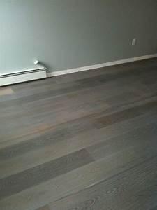 Stain hardwood floors flooring ideas home for How to varnish parquet flooring