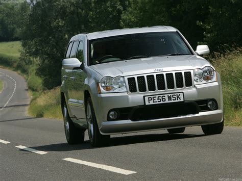 jeep srt 2007 jeep grand cherokee srt 8 uk version picture 06 of 23