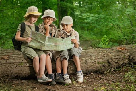 Boy Scouts Of America Votes To Let Girls Join Simplemost