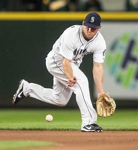 Ho-hum victory: Little drama as Mariners ease by Oakland ...