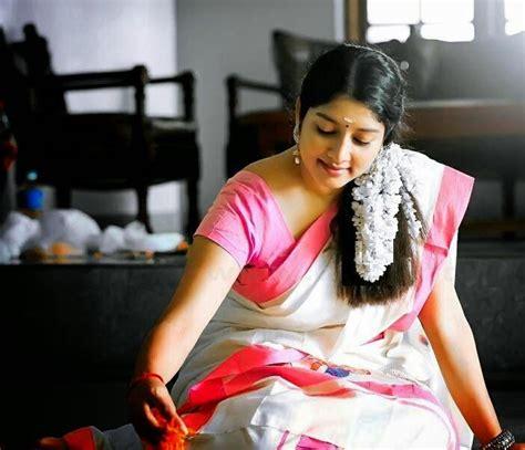 malayalam anumol in set saree kerala set saree