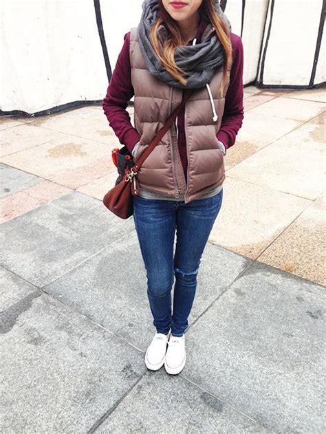 Puffer vest / burgundy / grey / cognac / distressed skinnies / white Converse   Colors ...