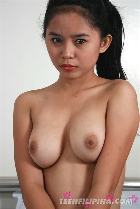Angel Faced Filipina Teen With Smoking Body Porn Photos