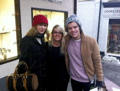 Taylor Swift & Harry Styles: Lake District Lovebirds ...