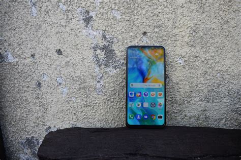 pictures huaweis pop  camera flaunting  prime