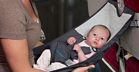 siege bebe avion lit bébé avion