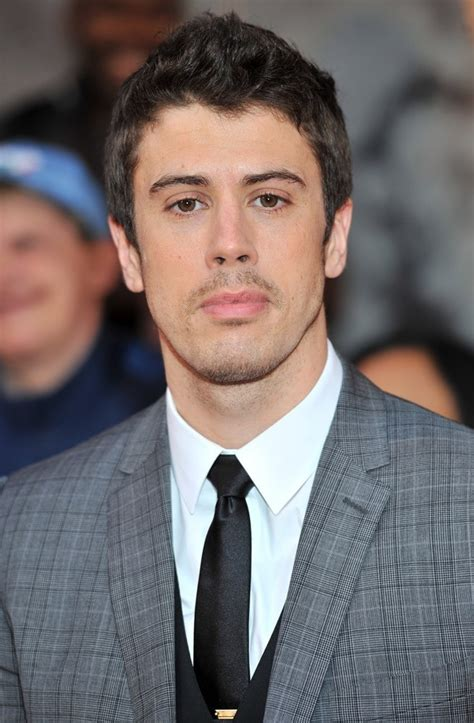 toby kebbell net worth celebrity sizes