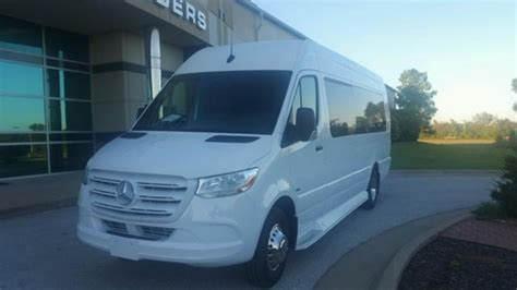 It has two wheelbase options as well: New 2019 Mercedes-Benz Sprinter 3500 Extended High Top for sale #WS-12925 | We Sell Limos