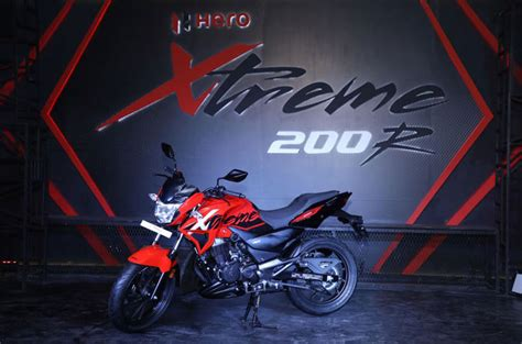 motocorp unveils all new roadster the xtreme 200r