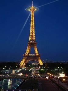 Eiffel Tower Platform - Extension To Paris Landmark