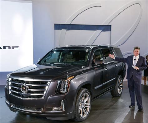The Updated Cadillac Escalade Has Lost Some Serious Weight