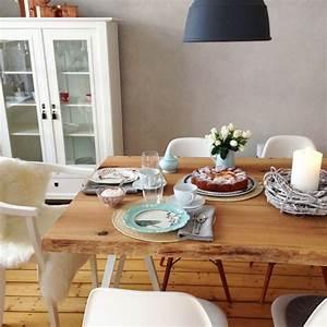 Meine Wohnung Einrichten : die besten 25 esstisch baumkante ideen auf pinterest esstisch aus massivholz rustikaler ~ Markanthonyermac.com Haus und Dekorationen