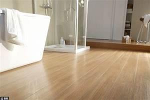 stratifie facon teck 15 revetements de sol pour ma salle With sol stratifie pour salle de bain