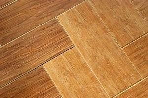 nettoyer un parquet en bois enlever tous les types de With nettoyer parquet vinaigre blanc