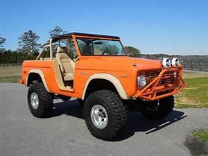 1970 FORD BRONCO CUSTOM SUV - 125690