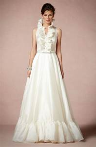 Gorgeous high neck wedding gowns photos huffpost for Wedding dress with collar
