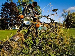 Image De Moto : la moto abandonn e ~ Medecine-chirurgie-esthetiques.com Avis de Voitures