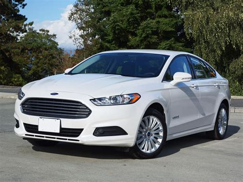 ford fusion hybrid se road test review carcostcanada