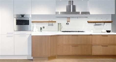 oak and white kitchen cabinets popular white oak kitchen cabinets my home design journey 7124