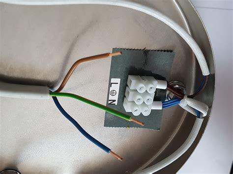 wie montiert und schliesst man eine lampe richtig  anleitung