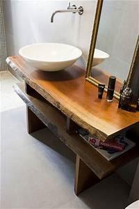 meuble de salle de bain minimaliste en bois brut tres With meuble salle de bain bois brut