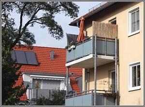 Lila zuhause ideen zu markise balkon ohne bohren design for Markise balkon mit tapete taupe uni