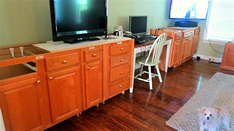 Built In Desk Cabinets by Remodelaholic Build A Wall To Wall Built In Desk And