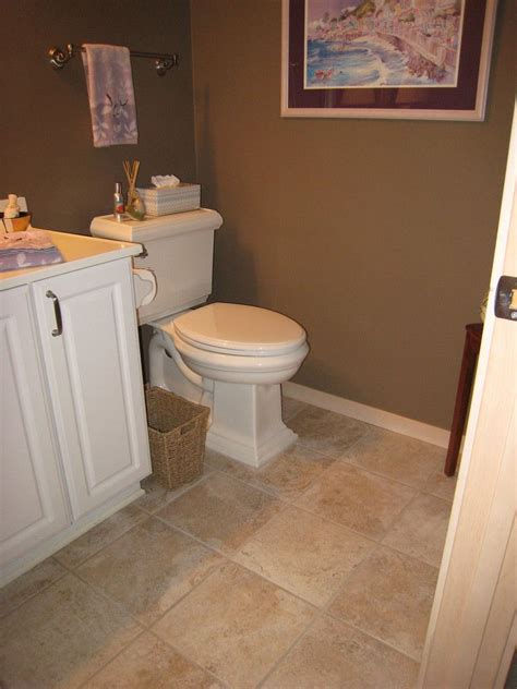 paint color for bathroom with brown tile 25 best ideas about bathroom on pebble