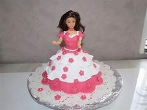 gateau princesse 3d avec robe en pate a sucre cake With modele de robe de princesse