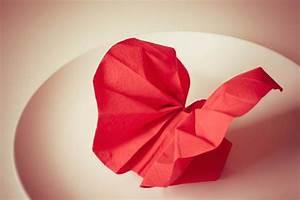 Servietten Falten Rose Anleitung : servietten falten blume anleitung haus design ideen ~ Frokenaadalensverden.com Haus und Dekorationen