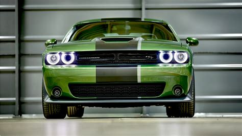 dodge challenger rt stars stripes edition wallpaper