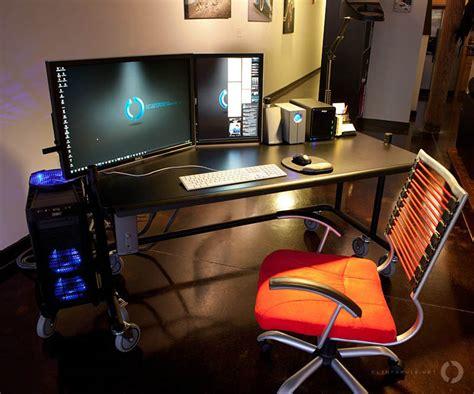18 Really Amazing Computer Stations «twistedsifter. Desk Pad Target. Cute Drawer Pulls. West Elm Desks Sale. Hp Elite Desk. Pallet Lift Table. 3 Drawer Mirrored Chest. Office Desk L Shape. Craigslist Standing Desk