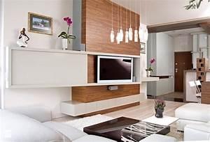 Wohnzimmer Wand Holz : fernseher an wand montieren die eleganteste variante ~ Lizthompson.info Haus und Dekorationen