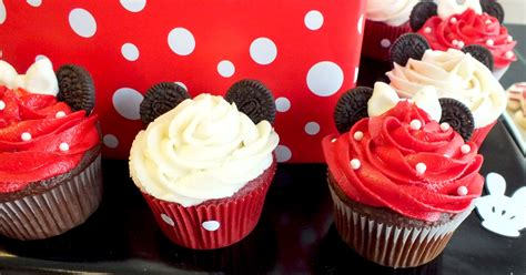 mickey minnie mouse cupcakes  sisters
