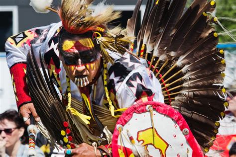 thousands  rally  indigenous peoples day stalberttodayca