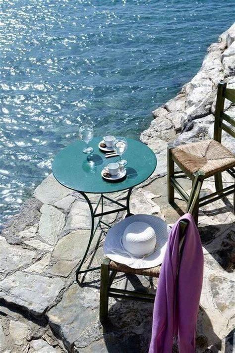 Najnowsze tweety od coffee island gr (@coffeeisland_gr). Morning coffee by the sea   Coffee with a view   Greece ...