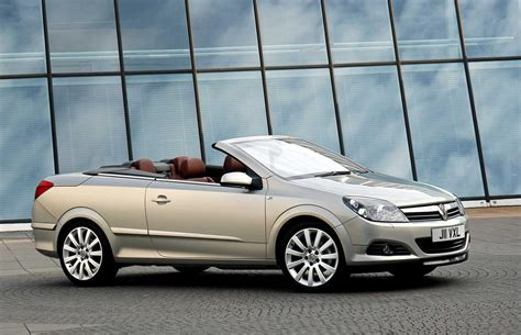 vauxhall astra twintop news  information