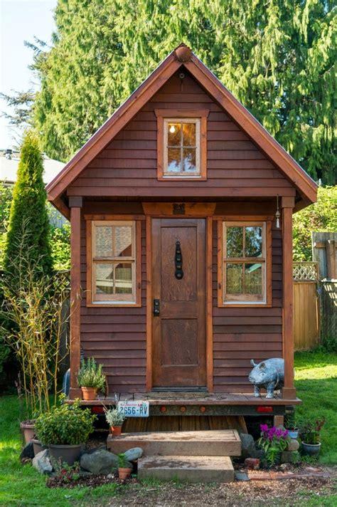 home garden vivre dans un chalet en bois