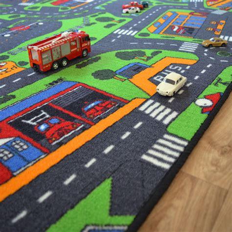 tapis de jeu circuit voiture ville 145 x 200 cm decoweb