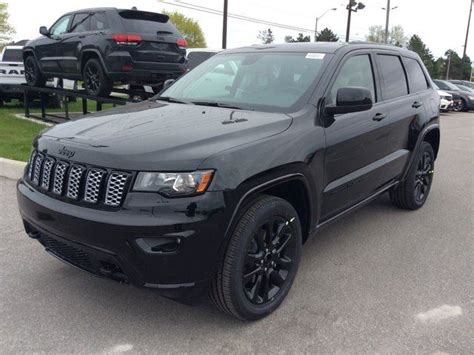 jeep grand cherokee blackout 2017 jeep grand cherokee 0 altitude blackout cam sun