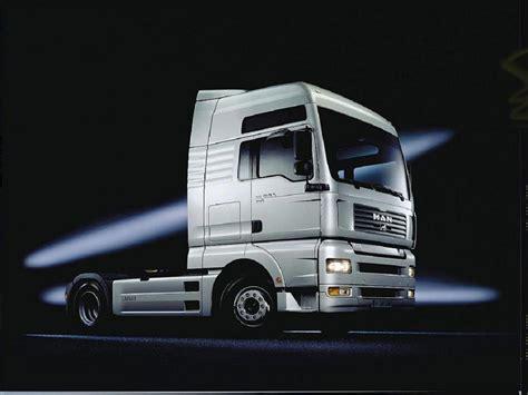White Truck Wallpaper by Trucks Wallpapers Truck Wallpaper